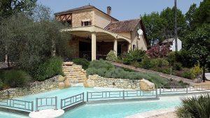 villa-de-luxe-en-dorogne